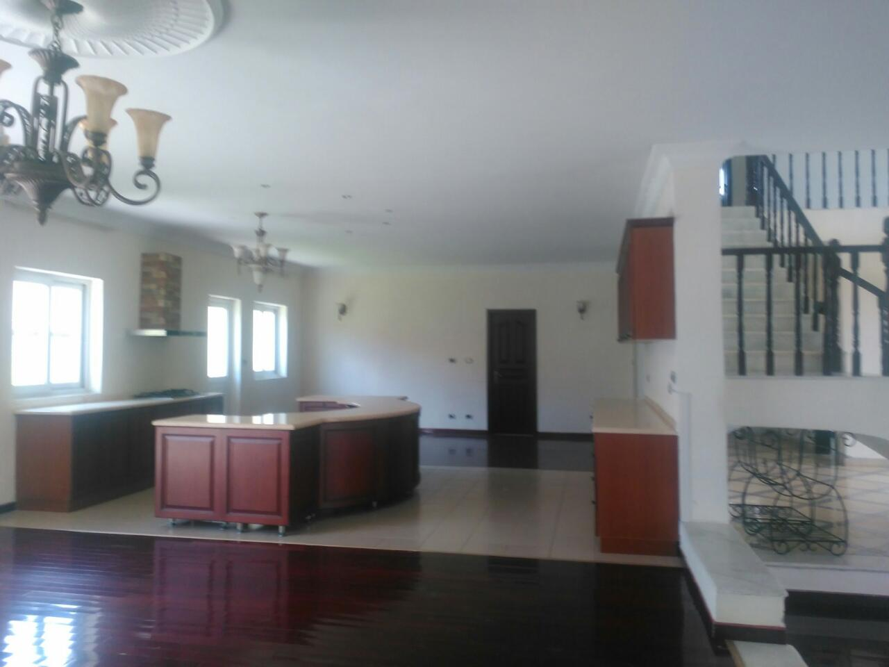 Gorgeous 4 Bedroom G 1 Villa For Sale Eha676
